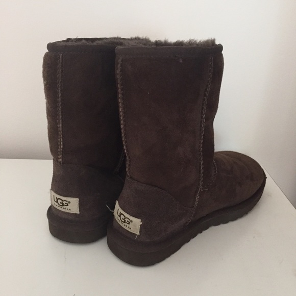 Short Dark Brown Ugg Boots